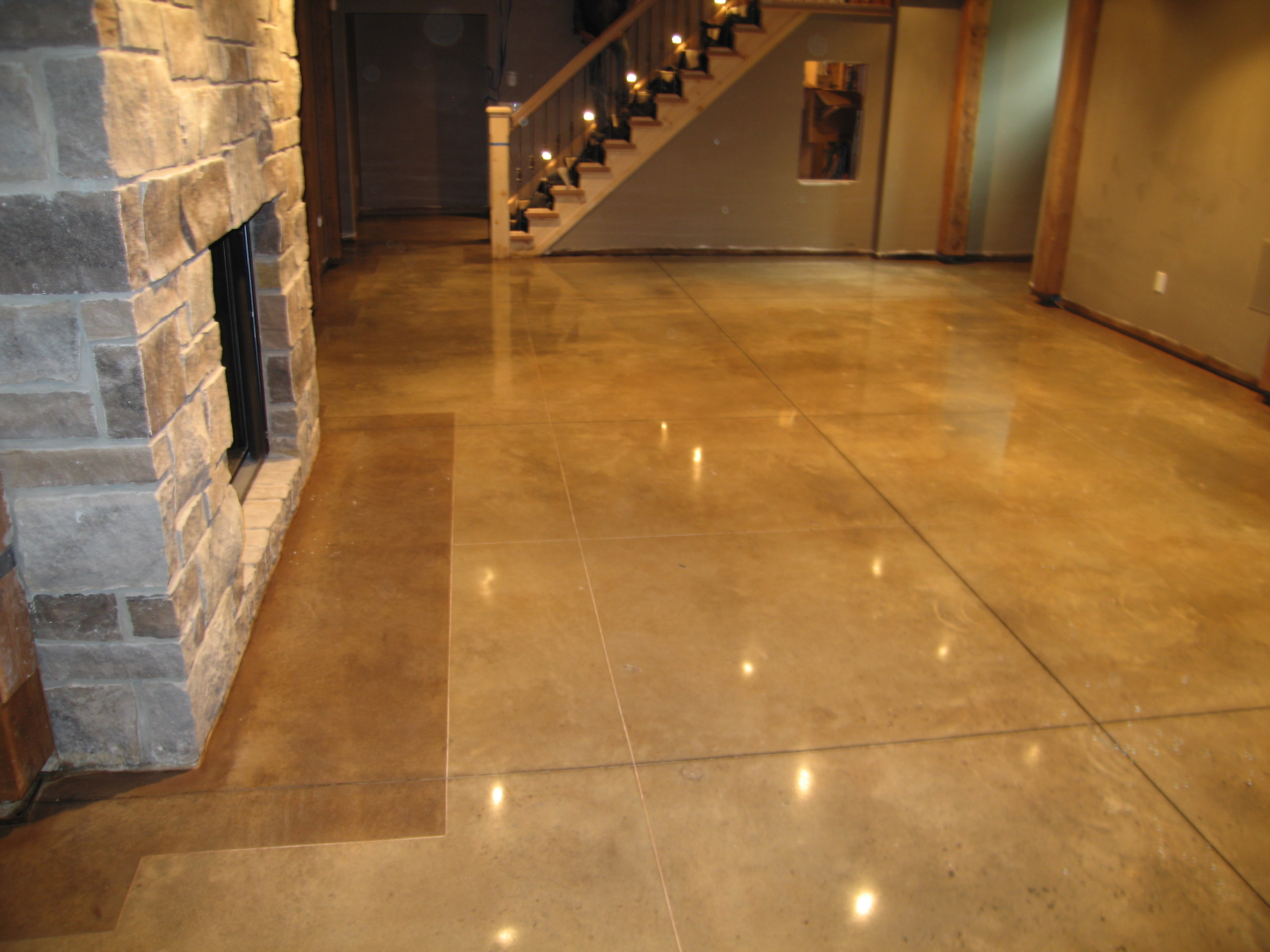 Residential Polished Concrete With Dark Border