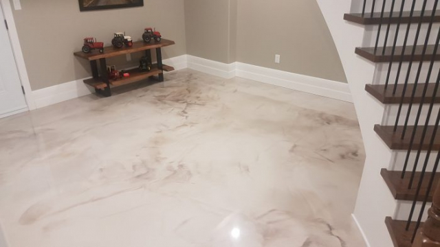 Home Metallic Epoxy Flooring