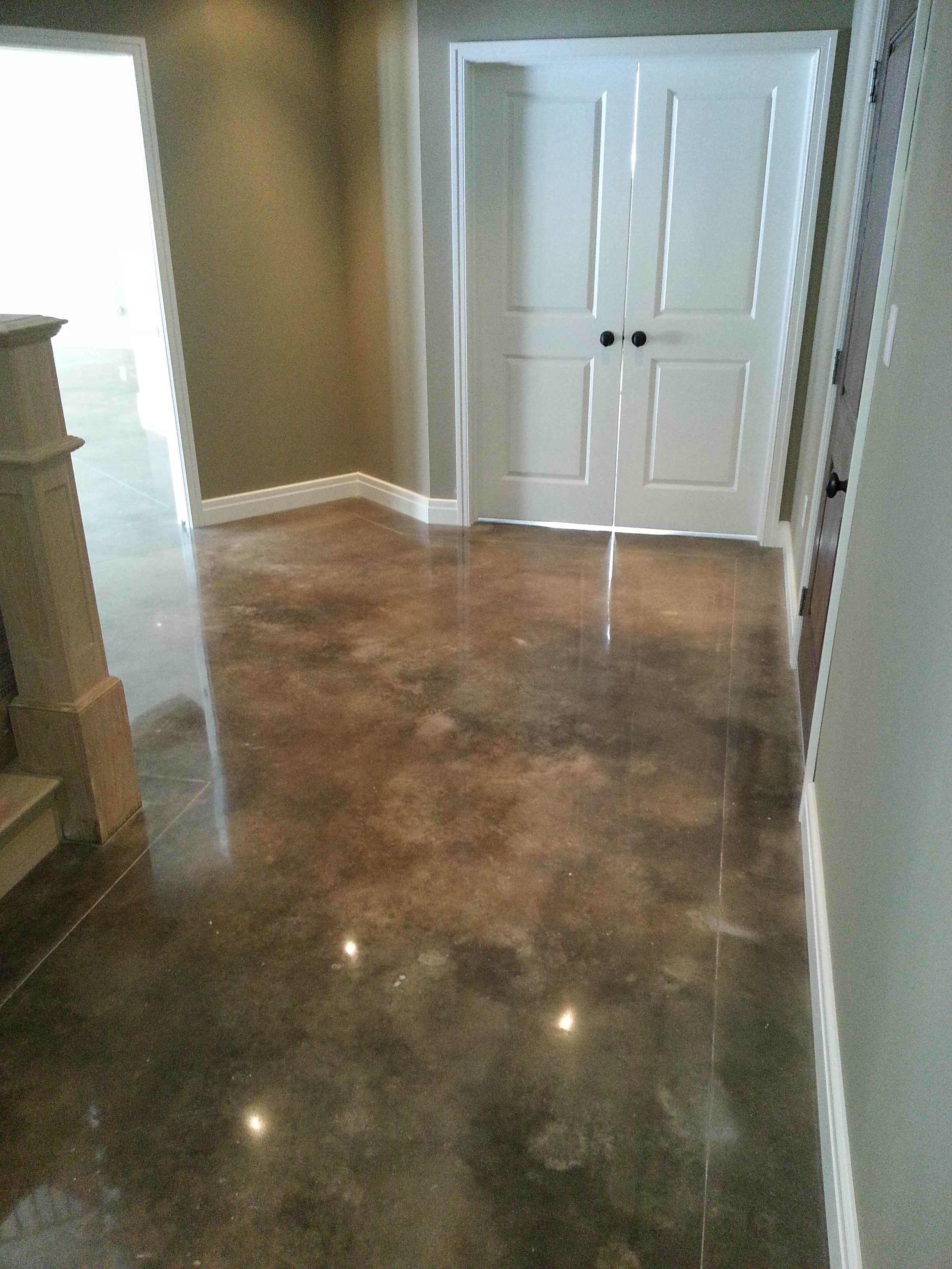 Residential Acid Stained concrete